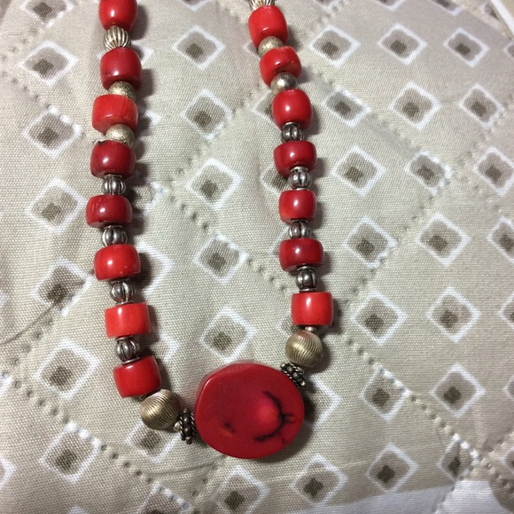 "Jewelry - Unique Necklace 22"""